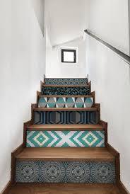 Et si on mettait du papier peint ailleurs que sur les murs ? Wallpaper  StairsWallpaper ...