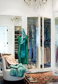 closet room. Closet Room O
