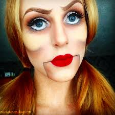 my favourite makeup looks that can be seen a lot around this time of year within the makeup munity the creepy ventriloquist s dummy
