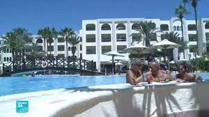 تونس تشرع في استقبال السياح رغم استفحال أزمة فيروس كورونا