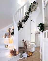 Erfahren sie, wie sie die pixum wandbilder im flur am besten einsetzen. Viele Windlichter Beleuchten Den Flur Und Die Treppe Deko Weihnachten Weihnachtsdeko Fur Drinnen Skandinavische Weihnachten