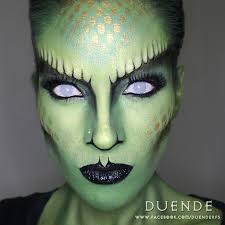 a bad snake makeup look from duenderfs