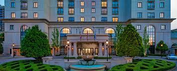 C Lighting Buckhead Ga Buckhead District Resort Hotel The St Regis Atlanta