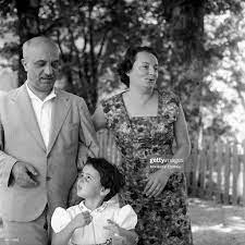 Portrait of Italian politician Amintore Fanfani with his Italian wife...  Foto di attualità - Getty Images