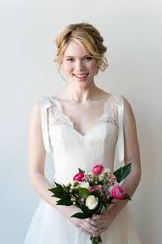 前髪アレンジ無限前髪長め花嫁向け髪型アレンジまとめ Marryマリー