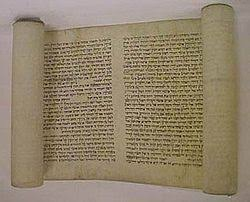 Biblical Canon Comparison Chart Biblical Canon Wikipedia
