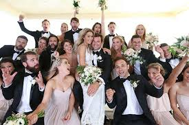 lauren conrad s wedding style tip set off a full on ments war so what s inside that makeup bag