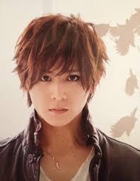 山田涼介の私服のブランド名は化粧が濃いのは妹の影響名前は何