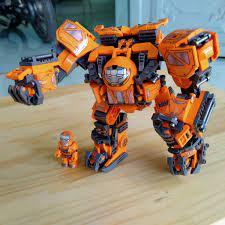 Trên tay bộ lắp ráp Lego Robot Steel Mecha (Hulkbuster)