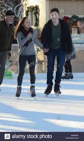 Outdoor couple teen skate