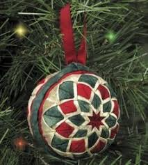 Free Folded Star Ornament Pattern | Folded Fabric Ornaments ... & Free Folded Star Ornament Pattern | Folded Fabric Ornaments - Stars! |  Patchwork | Pinterest | Folded fabric ornaments, Fabric ornaments and  Ornament Adamdwight.com