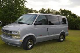 1999 Chevrolet Astro - Information and photos - ZombieDrive