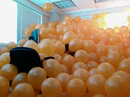 9 april fools day pranks to play on your boss so long as she has an amazing sense of humor