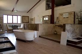 Arredamento Toscano Foto : Io amo firenze un outlet per l arredo bagno