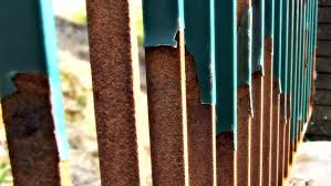 proper ways to prepare rusty metal surfaces for painting