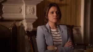 Smythe Duchess Blazer in Cloud worn by Emily Rhodes (Italia Ricci) in  Designated Survivor (Season 03 Episode 03)   Spotern
