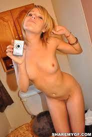 Blonde Self Shot Naked Pics