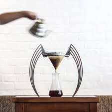 This traditional japanese method of making coffee has its unique benefits besides getting you the caffeine. 15 Pour Over Coffee Stands That All You Coffee Snobs Need To Be Aware Of