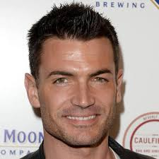 The Best Haircut For Your Face Shape   The Idle Man furthermore 10 Hairstyles for Oval Faces Men   Mens Hairstyles 2017 together with  as well 15 Hairstyles for Men with Long Faces   Mens Hairstyles 2017 further Hairstyles for Men With An Oblong Face Shape   Stylish New Haircut also Mens Haircuts For Oval Faces Haircut For Long Face Men Popular besides  additionally The Best Haircut For Your Face Shape   The Idle Man further How To Choose The Right Haircut For Your Face Shape   FashionBeans also MEN  How Do I Choose A Hairstyle That's Right For Me    Oval faces likewise Hairstyles for Men with Oval Faces   Mens Hairstyles 2017. on haircuts for men with oval face