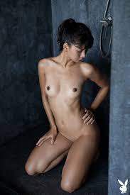 Cara Pin Showering