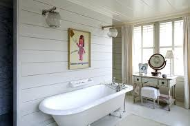 wall covering ideas for small bathrooms