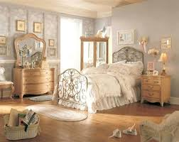 vintage look bedroom furniture. Looking For Bedroom Furniture Baby Nursery Personable Vintage Home Com Small Version Places Near Me Look O