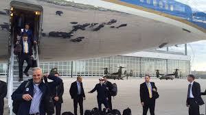 office air force 1. air force one rewards program president obama thanks trade supporters with ride on flying oval office abc news 1
