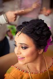 bride wearing stunning smokey eye look