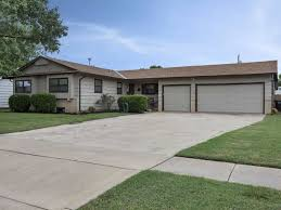 818 W 25th St S, Wichita, KS 67217 | Team Cooley REALTORS | Homes ...
