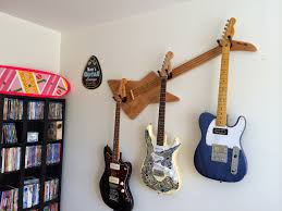 wall axe s mcfly lx candlelight is perfect for storing guitars in a tiny apartment