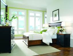 Image By: Bedroom Furniture Discounts