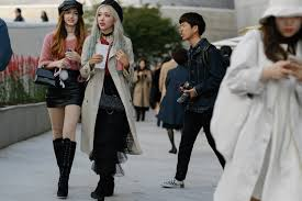 The Best Street <b>Style</b> From <b>Seoul Fashion</b> Week Spring '19 | Vogue