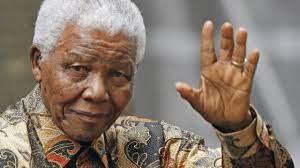 """الكشف عن أول مقابلة تلفزيونية مع الراحل """"نيلسون مانديلا"""""""