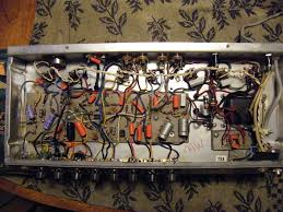 fender princeton reverb ii reference photos below same 220v model input end note 1 at the top right hand corner of the circuit board there s a new grey rectangular 47 ohm bias feed resistor 2