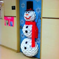 Office christmas door decorations Snowman Door Decorating Pinterest Door Decorating Ideas Classroom Door Decorating Ideas Christmas Door