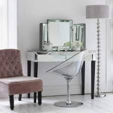 vanity table for small space. bedroom set with vanity dresser \u003e pierpointsprings.com mirror stunning mirrored furniture ideas home design trends 2016. table for small space