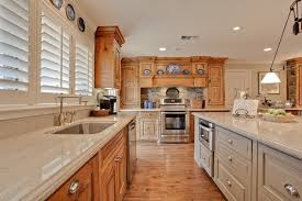 honey maple kitchen cabinets. Image By: Jodell Clarke Designs Honey Maple Kitchen Cabinets
