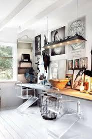 Office Room: Office Posters Decor Ideas - Office Desk