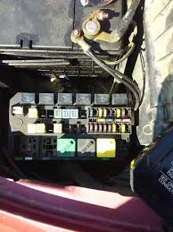 where is the fuel pump relay located on a 1998 ford contour diy 2000 F350 Fuel Pump Relay don't have a manual 2000 f350 fuel pump relay location