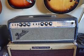 Vintage fender silverface bassman