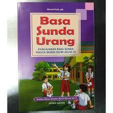 Saling pengertian dan saling menghargai bahwa setiap orang berbeda bukan berarti mereka tidak bisa bersatu. Buku Basa Sunda Urang Kelas 6 Sd Mi Shopee Indonesia