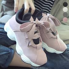 韓国女子の流行スニーカー 厚底 靴 韓国 春夏 秋冬 ローカット レース