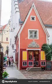 Little Design Shop Tallinn Estonia August 2016 Design Shop Oma Asi Little Red