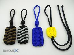 Ideas, methods, and tutorials on using lightweight Military-Spec Type III  550 Paracord (also known as Parachute cord) to create elaborate decorative  knots ...