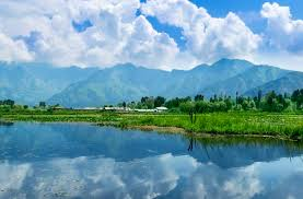 Wondering Why Kashmir Is Called Heaven On Earth?
