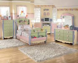 Modern Girls White Bedroom Furniture Sets to Create Elegant Room