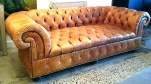 tufted chesterfield