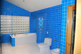 Bathrooms With Glass Tiles