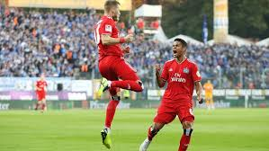 Bundesliga ist durch den abstieg von schalke 04 und werder bremen sowie dem klassenverbleib des hamburger sv prominent besetzt, wie lange nicht. Hsv Triumphiert Gegen Sc Darmstadt Tabellenplatz Zwei