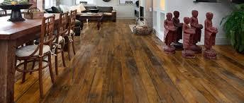 Fußböden aus holz holzfußböden sind der natürlichste untergrund für jedes gebäude. J U A Frischeis Altholzboden